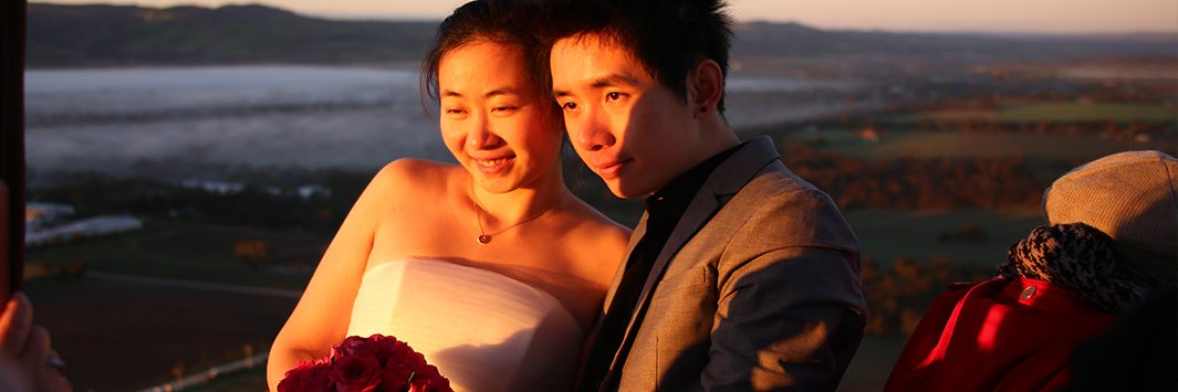 Chinese couple got married during Balloon Adventures hot air balloon flight